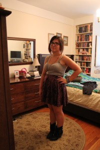 Pardon the mess in my room. Tank top: AE, skirt: UO, shoes: MIA from Amazon